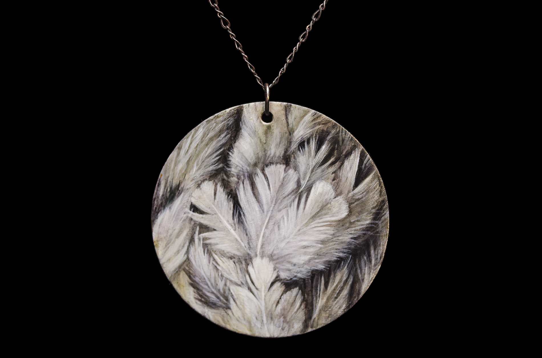 feathers pendant