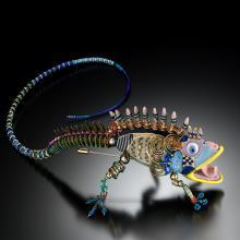iguana shoulder pin
